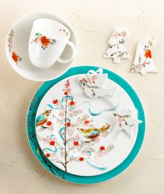 This was the deciding factor (other than it being made in the USA BONE CHINA!) to go with this collection! Lenox Chirp Holiday Collection. Fun!