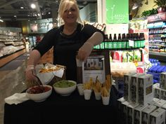 We had a great time today at Whole Foods Market South Lake Union sampling Miss Marjorie's Steel Drum #Plantains and #guac!  #plantainchips #chipsandguac #guacamole #bestplantainchips #truejamaican #MissMarjoriesPlantains