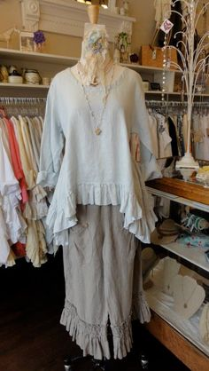 "Short Butterfly Top in ""Big Sky"" by Hearts Desire. Shown over the linen Bo Peep Pant in ""Flax"" fb.com/mimibellafinelinenwear"