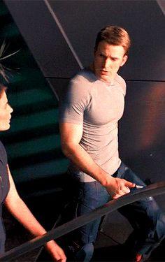 Captain America - Chris Evans #Avengers #AvengersAgeOfUltron
