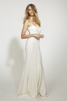 Beautiful! Nicole Miller HA0009 Daria Bridal Gown $840 | #nicolemiller #weddingdress #bridal #bride