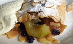 Are crisp apple strudels absolutely the best kuchen to have with kaffee? Where in the world serves the very best strudel? Tart Recipes, Fruit Recipes, Sweet Recipes, Baking Recipes, Baking Ideas, Bread Recipes, Vegan Recipes, Greek Desserts, Just Desserts