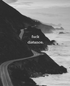 Funny, sad and cute Long Distance Relationship Quotes for him and her with beautiful images. Make your partner happy from a distance with these LDR quotes. Josie Loves, A Well Traveled Woman, Long Distance Relationship Quotes, Distance Relationships, Relationship Pictures, Relationship Goals, Image Citation, Long Distance Love, Love Me Like