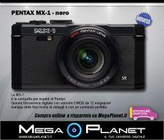 La MX-1 è la compatta per esperti di Pentax. Questa fotocamera digitale con sensore CMOS da 12 megapixel realizza delle foto ricche di dettagli e con un contrasto perfetto. Il suo obiettivo luminoso con un rapporto 4x offre una focale grandangolare da 28 mm.  http://www.megaplanet.it/fotocamere-compatte/400--pentax-mx-1-nero.html