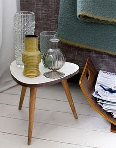 urban inspired interiors: vintage table