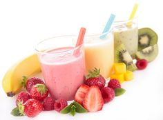 Low fat smoothie recipes are one effective way of getting losing fat while eating healthy and feeling fulfilled.