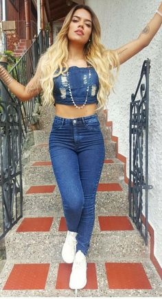 Karol g Dance Outfits, Girl Outfits, Casual Outfits, Cute Outfits, Fashion Outfits, Womens Fashion, Famous Celebrities, Celebs, Cute Pictures To Draw