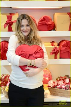 Drew Barrymore Partners with Godiva to Launch New Book! | drew barrymore partners with godiva to launch new book 06 - Photo
