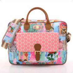 Pip Studio Laptopbag Pip Brighton Pink - https://www.simplydutch.com/bags-and/messenger-bags/pip-studio/4676/laptopbag-pip-brighton-pink/