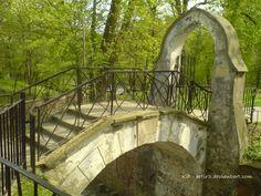 Old brige in Pulawy park by artir3 http://artir3.deviantart.com/art/Old-brige-in-Pulawy-park-207125803