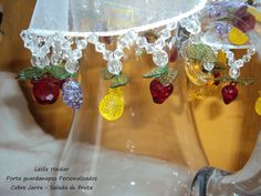 porta jarra de organza - Buscar con Google Beading Patterns, Punch Bowls, Organza, Table Decorations, Beads, Home Decor, Baptisms, Births, Google