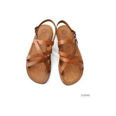 シューズ D_ EDER SHOES レザーフラットサンダル ($8,820) ❤ liked on Polyvore featuring shoes and sandals
