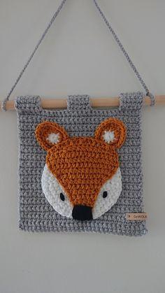 Diy Crochet Wall Hanging, Crochet Wall Art, Crochet Wall Hangings, Crochet Diy, Crochet Quilt, Love Crochet, Crochet For Kids, Crochet Bedspread Pattern, Granny Square Crochet Pattern