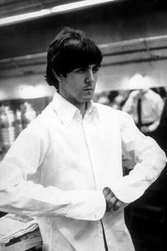 Are your Favorite Beatles Paul McCartney and George Harrison? Beatles Funny, Les Beatles, Beatles Band, Great Bands, Cool Bands, My Love Paul Mccartney, Linda Mccartney, Just Good Friends, Sir Paul