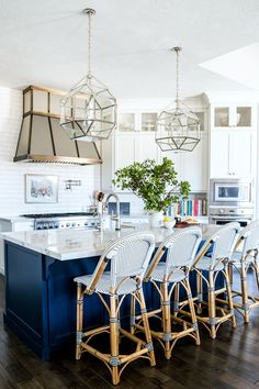 Navy and white kitchen remodel. Waterside Reno - Alice Lane Home Interior Design Navy Kitchen, Kitchen Dining, Kitchen Decor, Kitchen Ideas, Island Kitchen, Kitchen Themes, Painted Kitchen Island, Nautical Kitchen, Cherry Kitchen