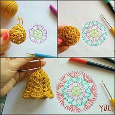 """383 Me gusta, 12 comentarios - rose oliveira (@roseoliveira_tartes) en Instagram: """"Façam sininhos de crochê e usem para enfeitar árvores ou pisca pisca #Natal #crochet"""""""