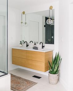 Lovely shot of 's IKEA godmorgon double vanity with our . - Lovely shot of 's IKEA godmorgon double vanity with our rift white oak draw - Ikea Bathroom Vanity, Boho Bathroom, Chic Bathrooms, Bathroom Renos, Bathroom Storage, Floating Bathroom Vanities, Bathroom Remodelling, Family Bathroom, Bathroom Shelves