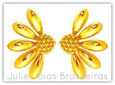 Brincos em ouro 750/18k ( 750/18k gold stud earrings)
