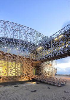 Corporate Office Building for Hispasat Technology Center / Herreros Arquitectos - Spain