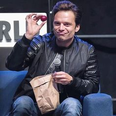 Look who finally got to eat his plums #sebastianstan