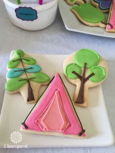 Decorated cookies at a camping birthday party! See more party planning ideas at … Decorated cookies at a camping birthday Cut Out Cookies, Iced Cookies, Cute Cookies, Cupcake Cookies, Frosted Cookies, Cupcakes, Cookie Frosting, Royal Icing Cookies, Camping Cookies
