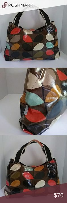 Orla kiely large shoulder bag Great purse for the Fall with beautiful Fall colors, goes well with everything, clean lining with snap closure. Leather trim Orla Kiely Bags Shoulder Bags