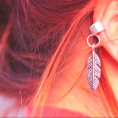 Really cute earing!