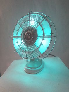 Items similar to Homemade upcycled vintage art deco fan lamp for beautiful mood lighting. on Etsy Lamp Light, Light Up, Night Light, Fan Lamp, Vintage Fans, Light Project, Upcycled Vintage, Lamp Shades, Cool Lighting