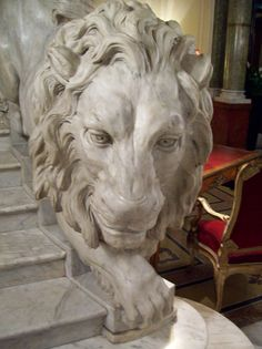 Majesty VI: If you choose the Grand Hotel Plaza in Rome Sculptures, Lion Sculpture, Green Marble, Grand Hotel, Lions, Digital Art, Lunch, English, Italy