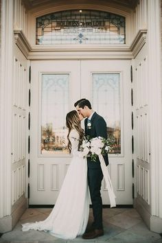 "<a class=""pintag"" href=""/explore/Love/"" title=""#Love explore Pinterest"">#Love</a> <a class=""pintag"" href=""/explore/Wedding/"" title=""#Wedding explore Pinterest"">#Wedding</a> <a class=""pintag"" href=""/explore/Photography/"" title=""#Photography explore Pinterest"">#Photography</a>"