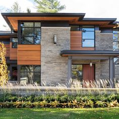 David Small Designs is an award winning custom home design firm. See a portfolio of our Overhang project