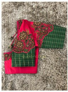 Lehenga Designs Simple, Wedding Saree Blouse Designs, Best Blouse Designs, Blouse Neck Designs, Saree Wedding, Blouse Styles, Bead Embroidery Tutorial, Simple Embroidery Designs, Hand Work Embroidery