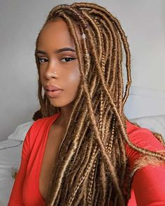 23 Ways to Pull Off Goddess Faux Locs - crazyforus Faux Locs Blonde, Ombre Faux Locs, Red Faux Locs, Faux Dreads, Faux Locs Hairstyles, Protective Hairstyles, Curly Hair Styles, Natural Hair Styles, Bold Hair Color