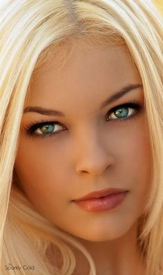 blue blonde Amateur eyes allure
