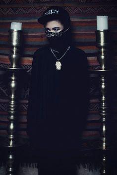 M.I.A inspiration / burka / Fashion / photography / éditorial / magazine / photoshoot / arab / gangsta / blingbling