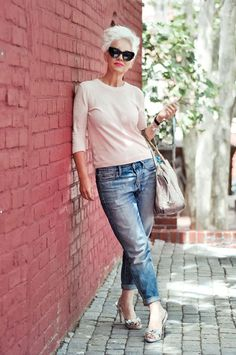STYLE ICON: Jackie Burger. She's the South African creative behind the country's very own edition of ELLE Magazine so naturally, Jackie Burger is an incredibly stylish woman. Her style is classic, chic, elegant, a mixture of feminine and small doses...