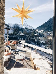 Built at the turn of the 20th century and remodeled in the 1960s, the now retro-chic boutique hotel Miramonte is situated at the foot of the Graukogel Mountain, an 8-minute walk from the centre of Bad Gastein. The hotel enjoys an unique location offering panoramic views from its sun terrace and rooms over the entire Gasteiner Valley. The famous Bad Gastein Waterfall and the Stubnerkogel ski lifts can be reached with a private hotel shuttle.