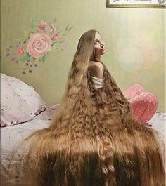 Women with Beautiful Hair Beautiful Long Hair, Gorgeous Hair, Natural Hair Styles, Short Hair Styles, Really Long Hair, Hair Growth Tips, Wild Hair, Dream Hair, Henna Designs