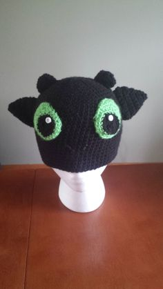 How to Train Your Dragon Toothless Night Fury Hat by Francesca4me, $12.00