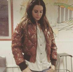 Lana Del Rey | @gxldluxe