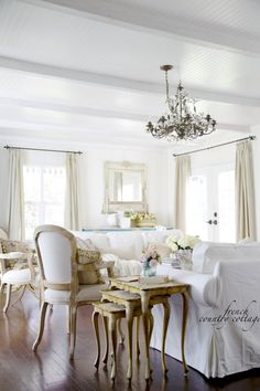 FRENCH COUNTRY COTTAGE: Linen & French Blue Chair
