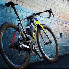 #Look Look indeed. Nice bike Www.Cyclingisgreat.Com