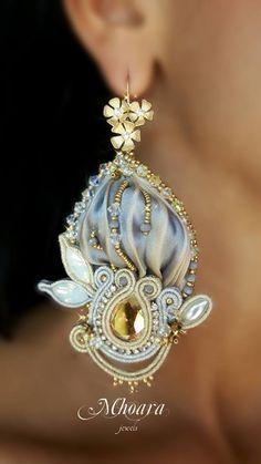 https://www.facebook.com/Mhoara.Jewels/photos/pcb.1742815309300936/1742815165967617/?type=3
