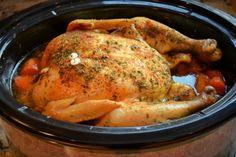 Cuire un poulet entier à la mijoteuse c'est si bon !