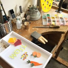 Craft Studios, Bath Caddy, Photo Studio, Creative Inspiration, Crafts, Manualidades, Handmade Crafts, Diy Crafts, Craft