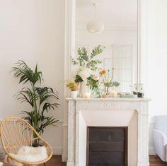 jolie-deco-cheminee-ancienne-marbre-blanc-hausmannien- bergamote - Le Blog déco de MLC