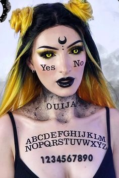 This Ouija Board Makeup Tutorial Makes For a Haunting Last-Minute Halloween Look - Halloween makeup Looks Halloween, Unique Halloween Makeup, Halloween Eyes, Halloween Costumes, Girl Halloween, Women Halloween, Halloween Night, Spirit Halloween, Halloween 2020