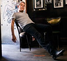 Anthony Bourdain, its all about not tryin too hard. Anthony Bourdain, it's about not trying too hard. Girl Celebrities, Celebs, Anthony Bordain, Summer Street, Try Harder, Good Looking Men, Beautiful Men, Beautiful People, Celebrity Crush