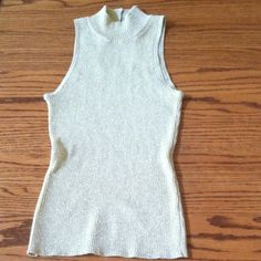 Cache gold threaded top Sleeveless turtleneck sweater. 60% cotton 40% metallic. Hand washable Cache Tops