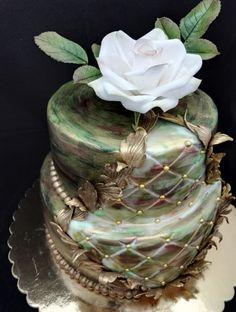 Green gold cake - Cake by Zdenek
